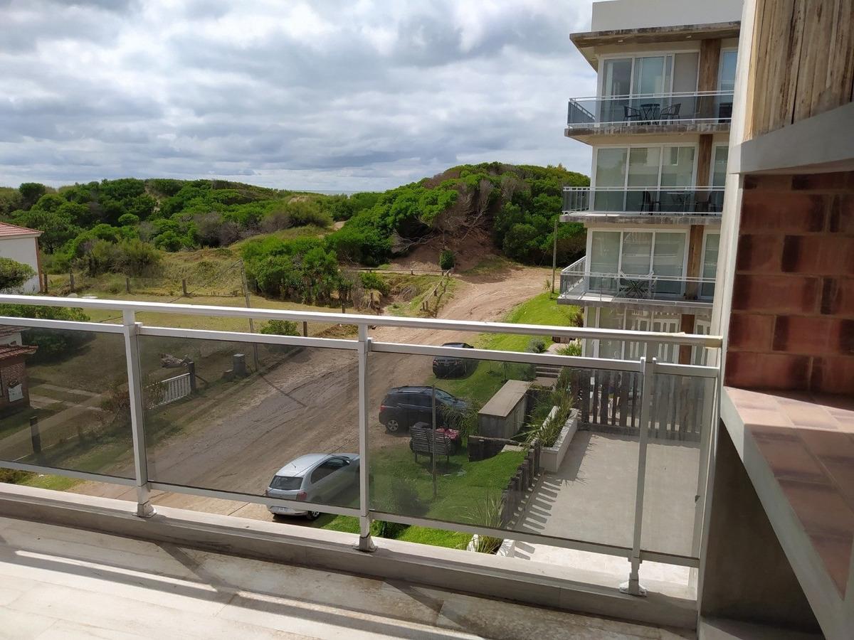 arenas 4 venta de departamento 3 ambientes con vista al mar
