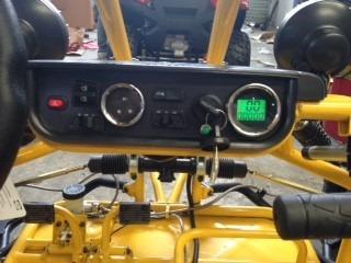arenero marca boss estilo spyder 200cc.