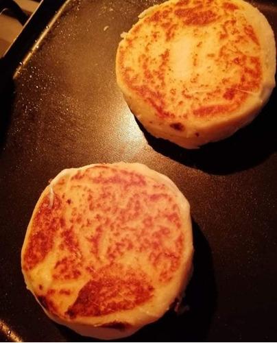 arepas triple queso.