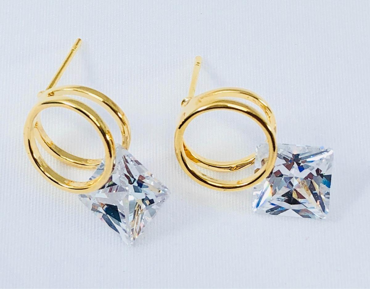 5c789f82124b aretes aro doble zirconia corte diamante y oro laminado 18k. Cargando zoom.