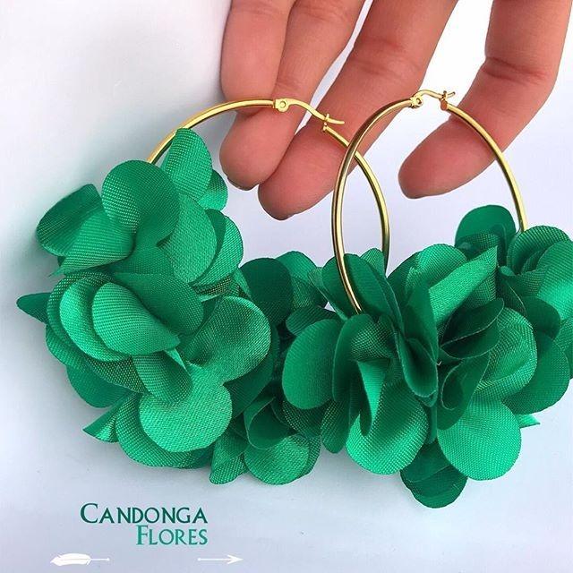 Aretes Candonga Flor De Moda -   15.000 en Mercado Libre 413a63445e89