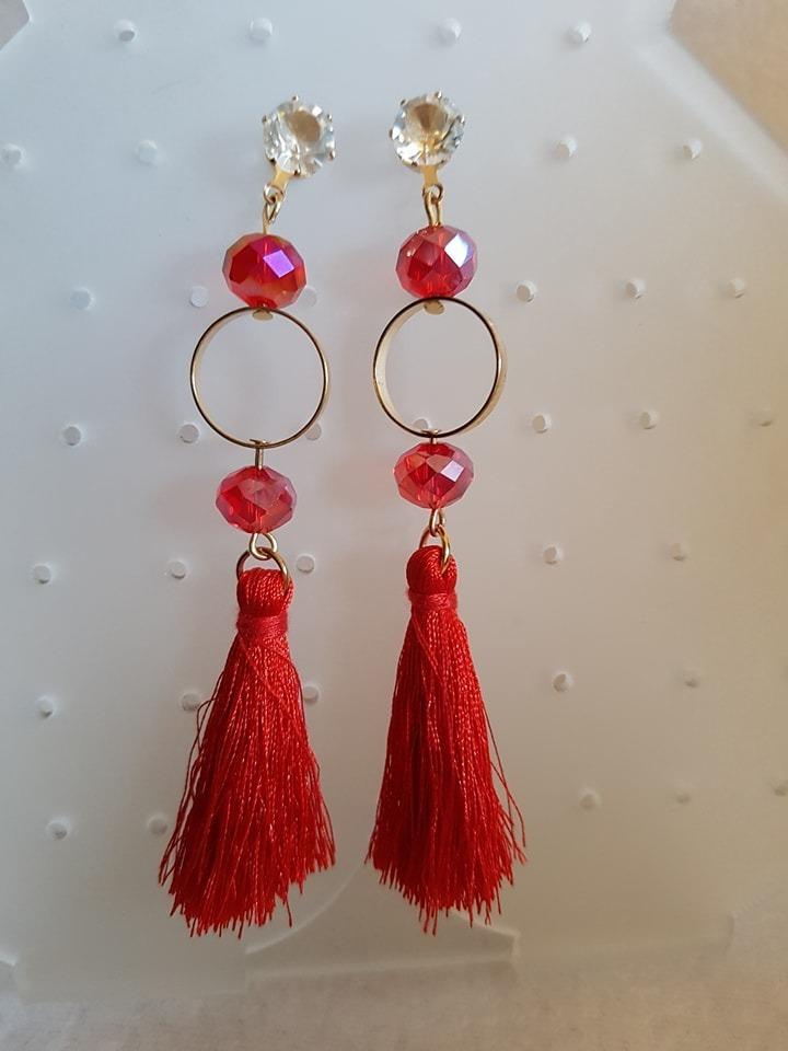 diseño innovador 65c6b 94b93 Aretes De Moda Borlas Hilos Tassles Con Pedreria Rojos