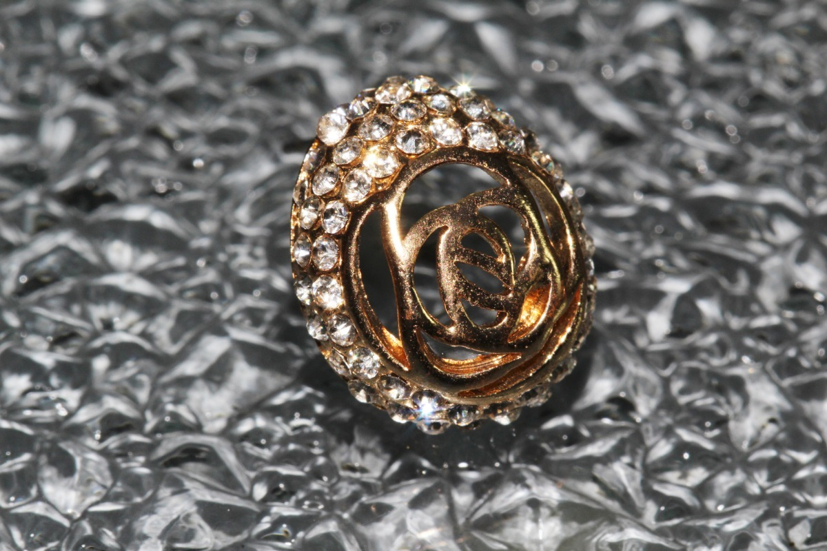 a23bf1ff2b98 Aretes Moda Dorado Finos Cristales Dama Bisuteria Ar938 -   59.99 en ...