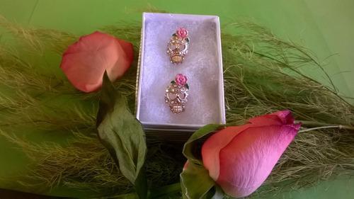 aretes , para dama oro laminado18k y piedras de zirconias.