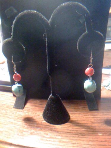 aretes  plata y fantasia piedras roja y azul