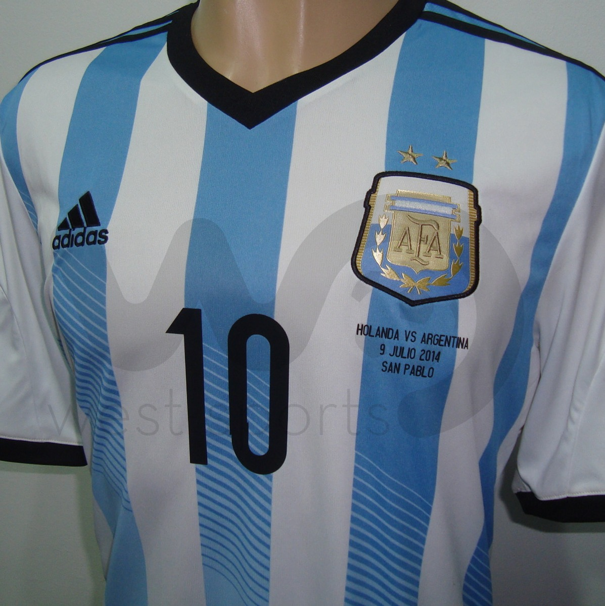 Camiseta Argentina Mundial 2014 Messi 10 + Parches Matchday ... d9625a51a94ef
