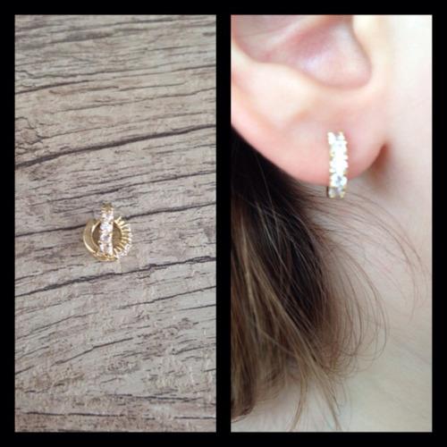 argolinha cartilagem da orelha folheada a ouro18k+frete