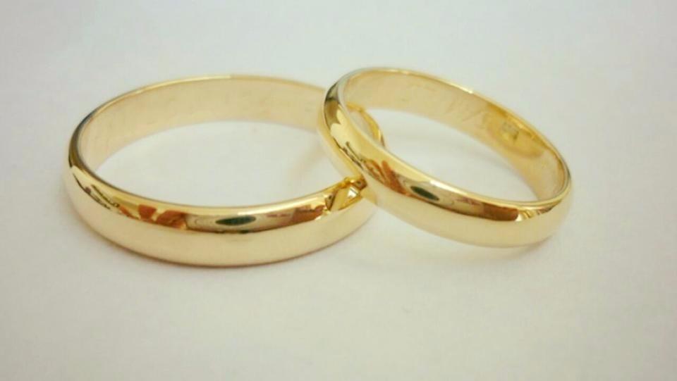 0d93fbf84ee1 Argolla De Matrimonio Solo Dama De Oro 18k -   130.000 en Mercado Libre