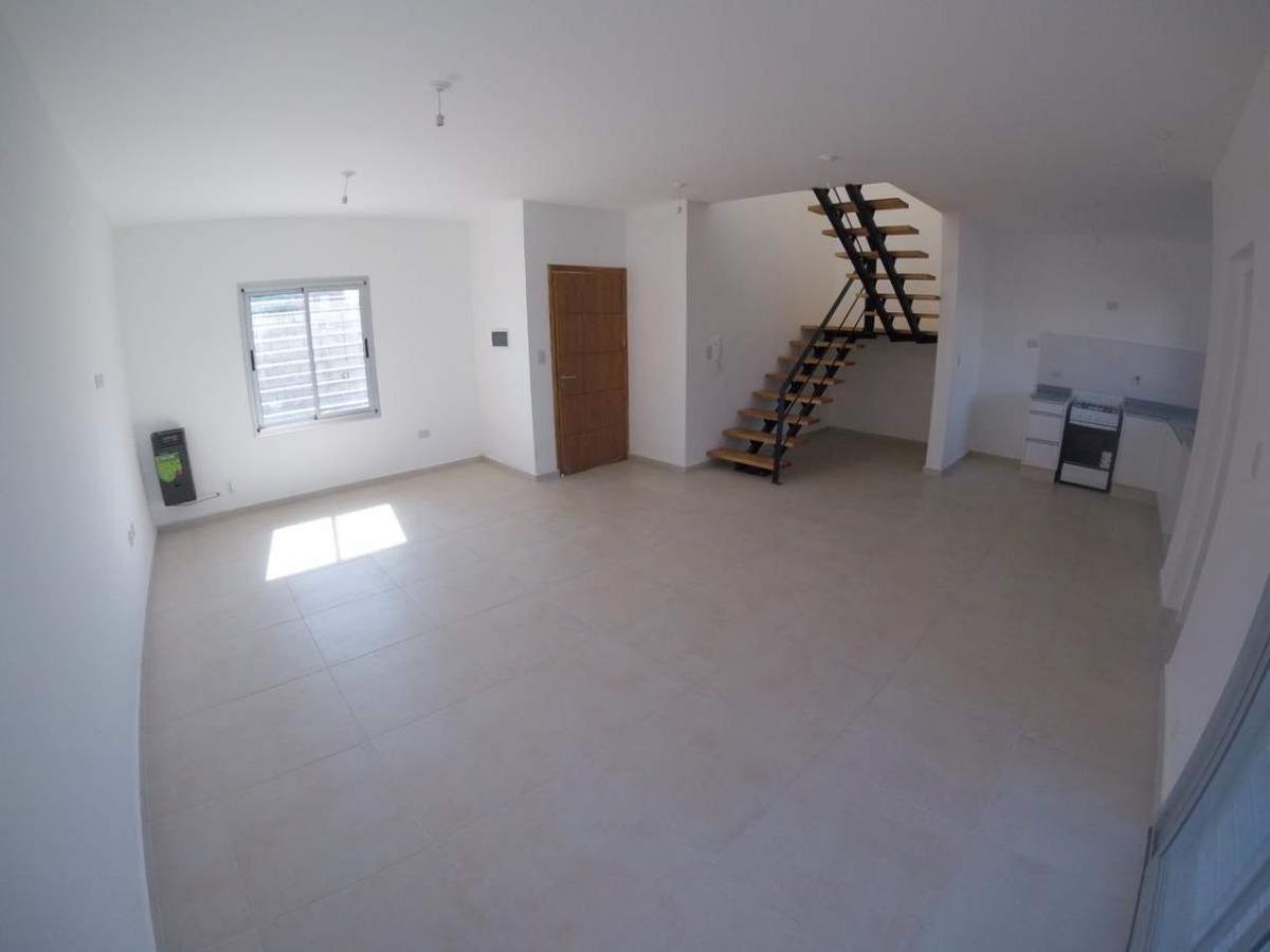 arguello - duplex dos dormitorios. ideal inversores!