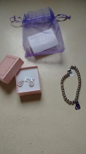 aritos y pulserita de naomi joyas
