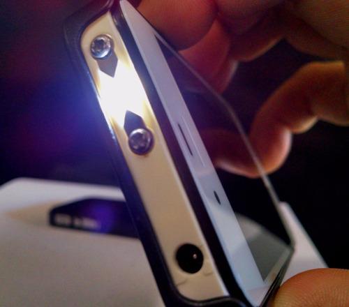 arma de choque formato iphone 4s