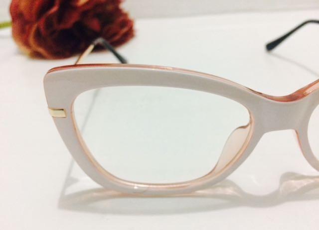 0dfa69292f71c Armaçao De Grau Oculos Branco Retangular Marc Jacobs -mj102 - R  135 ...