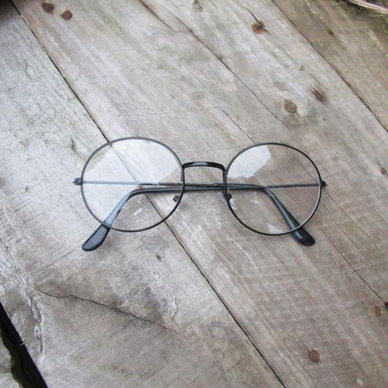 093295e193fa8 Armação De Metal Redondo Lentes Claras Óculos Geek Retrô - R  34,90 ...