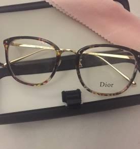 de2013a17fa18 Armação De Oculos De Grau Dior Tartaruga Quadrado Feminino - R  121 ...