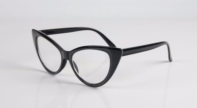 cbf23f82b0d48 armação de óculos estilo gatinho. Carregando zoom.