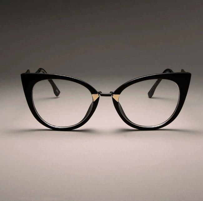 906281988e7aa Armação De Óculos Feminina Luxuosa Estilo Gatinho - R  89
