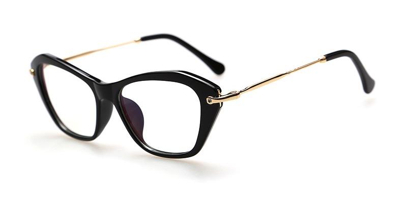 94c2740d05cfb Armação De Óculos Gatinha Vintage Retrô Luxo - R  49,99 em Mercado Livre