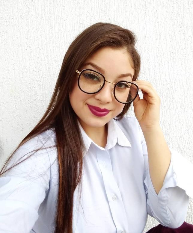 Armação De Oculos Grau Oval Mulher Feminina Liquidação - R  39,99 em ... 461c642913