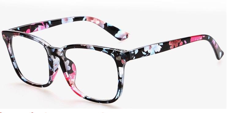 e018e6a5743ea Armação De Óculos Importados Vintage - R  49