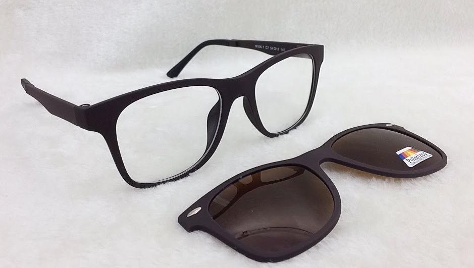 Armação De Óculos P  Grau E Sol Clip On 2 Em 1 S026 - R  69,90 em ... 81d03ebe3a