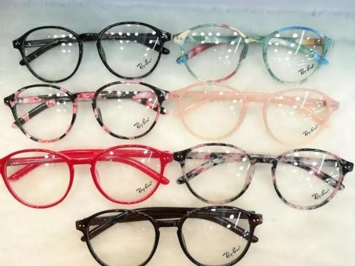 e9a715d8f2ff3 Armação De Óculos Redondo Geek Floral - R  90