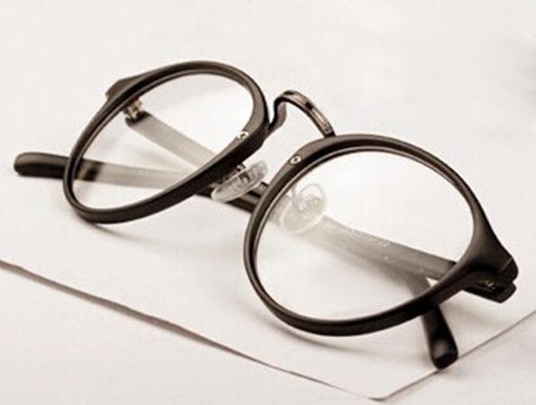 Armação De Óculos Redondo - Retro Oval Feminino E Masculino - R  39 ... 7ba281ff4a