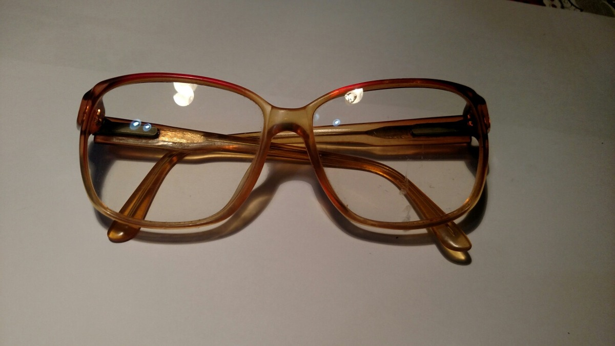 Armação De Óculos Vintage Com Lentes De Grau - R  60,00 em Mercado Livre ca8d41f752