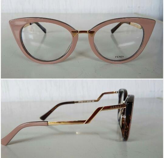 Armação Fendi Oculos Em Acetato Gatinho - Com Case - R  135,00 em Mercado  Livre e1c2f4883c