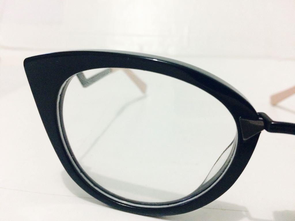 c252811e37e29 armação fendi oculos em acetato gatinho - envio imediato. Carregando zoom.