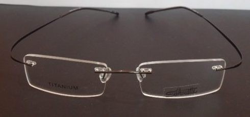9f613a4946dec Armação Oculos De Grau Flexivel Silhouette Titanium Sem Aro - R  79 ...