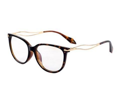 2b27dd5488c5c Armação Óculos De Grau Quadrado Gatinho Médio Feminino Xa - R  59