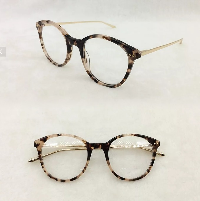 Armação Óculos De Grau Redondo Masculino Feminino Brindea047 - R  75,00 em  Mercado Livre e0db15d8b7
