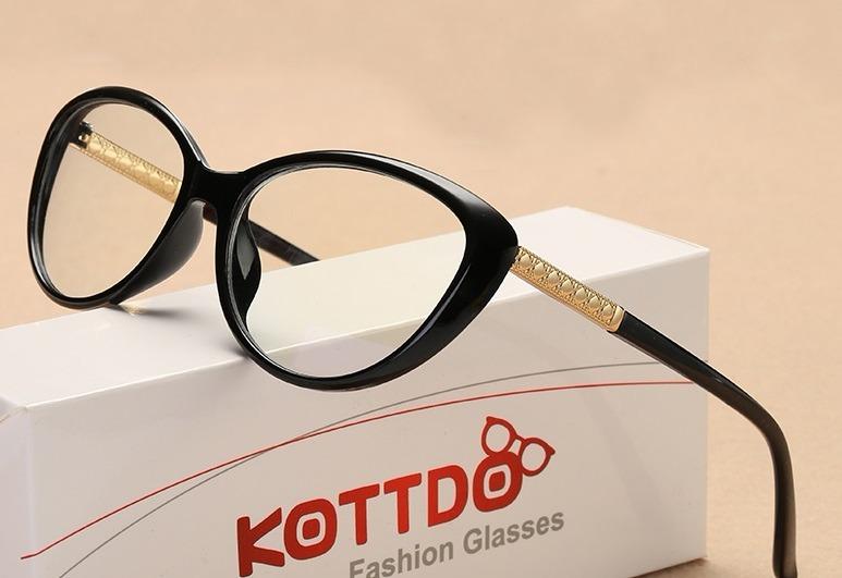 Armação Óculos Feminina Grau Olho Gato Retrô + Case Brinde - R  44 ... 327ba41bb4