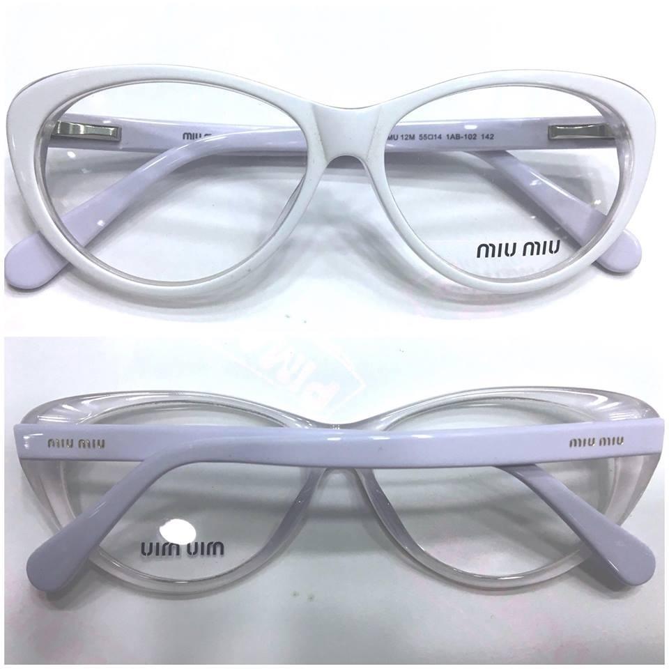 Armação Oculos Gatinho Branco - R  120,00 em Mercado Livre 5636b65be3