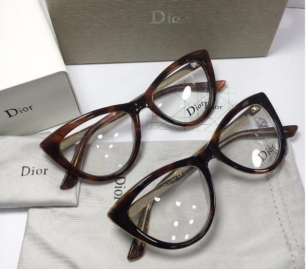 a7e7dc2296d10 Armação Óculos Grau Dior Gatinho + Lente Miopia Longe 1 A 5 - R  299 ...