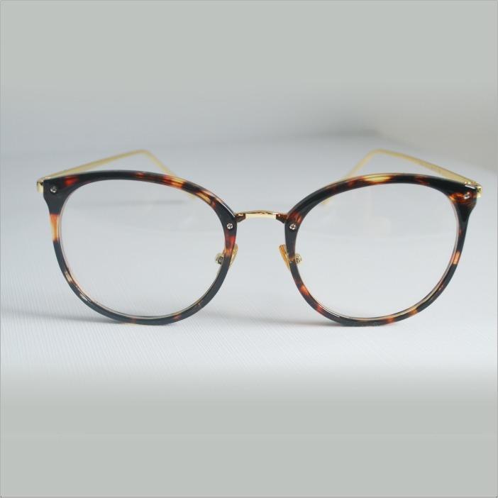 Armação Óculos Grau Feminino Geek Redondo Quadrado Var Cores - R  35 ... c8b495b915