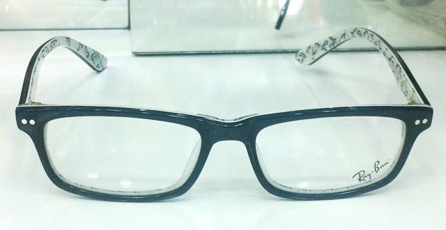 a828923f4 Armação Oculos Grau Rb5277 Wayfarer Preto E Branco Ray Ban - R$ 97 ...