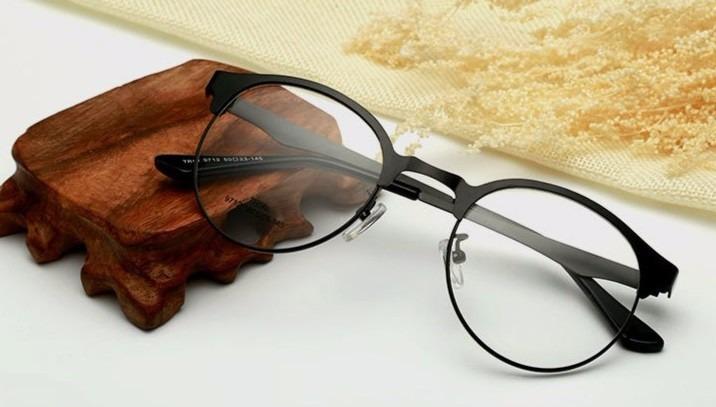 Armação Óculos Grau Redondo Vintage Geek Metal Unisex - R  49,90 em ... e4d30a8d25