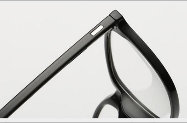 6d5bcc99af89d Armação Óculos Grau Unisex Lançamento Redondo Quadrado - R  50