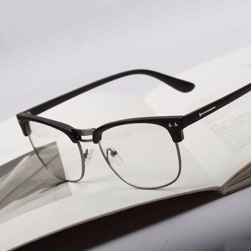 91ae76261e9a5 Armação Óculos Nerd Retró Vintage Caixa De Metal Preto - R  69,99 em  Mercado Livre