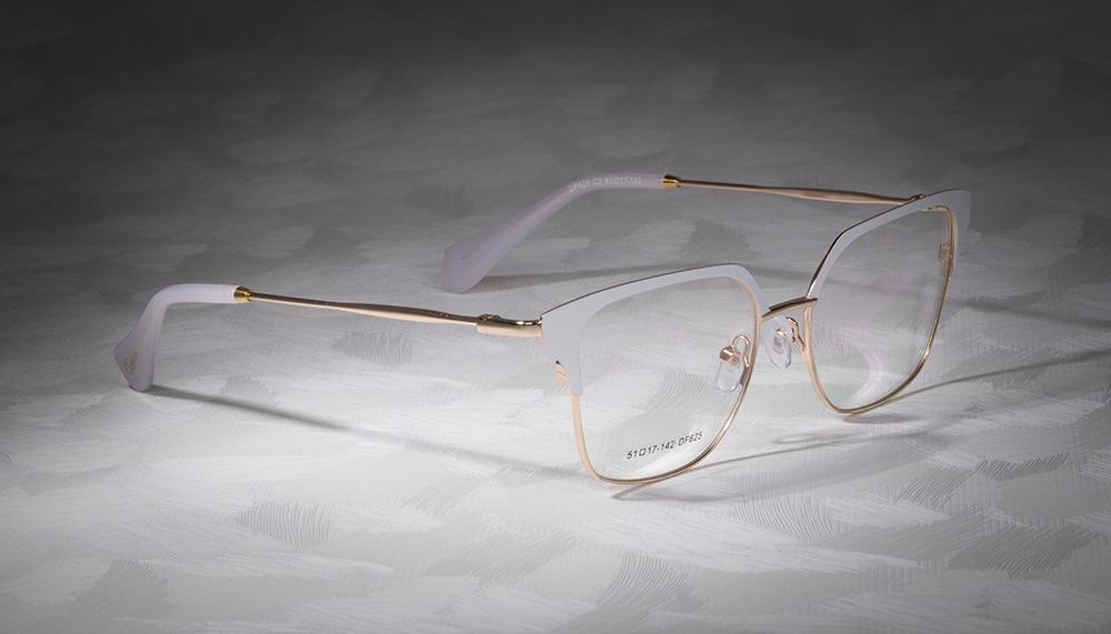 db809cf85e8ee armação oculos ogrife og 723-c feminino com lente sem grau. Carregando zoom.