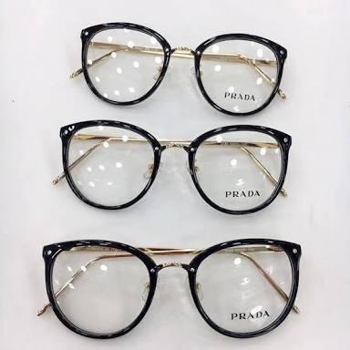 45aa76e44451c Armação Oculos De Grau Prada Luxo Original Feminino Oferta - R  96 ...
