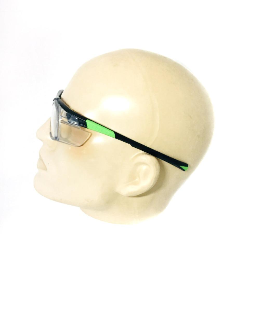 44e8c0d0268ca Armação Óculos Segurança Lentes De Grau Univet - R  120