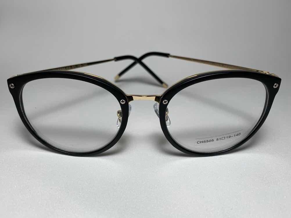 b55a6fe93 armação p/ óculos grau redonda feminino preta com dourado. Carregando zoom.