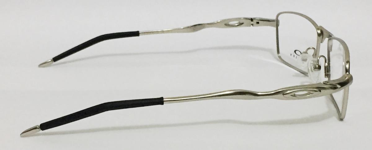 e3f28efbd3524 Armação Para Oculos De Grau Crosshair Oakley 11-828 Prata - R  94