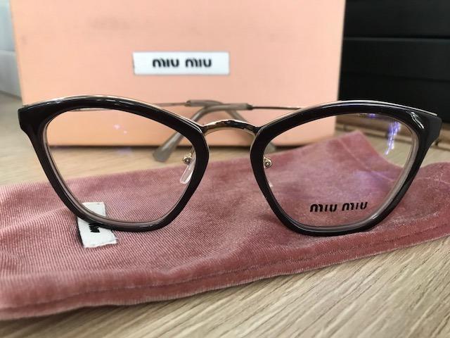 2ff1501ef6275 Armação Para Óculos De Grau Miu Miu Gatinho Preta- Nude - R  249,90 em  Mercado Livre
