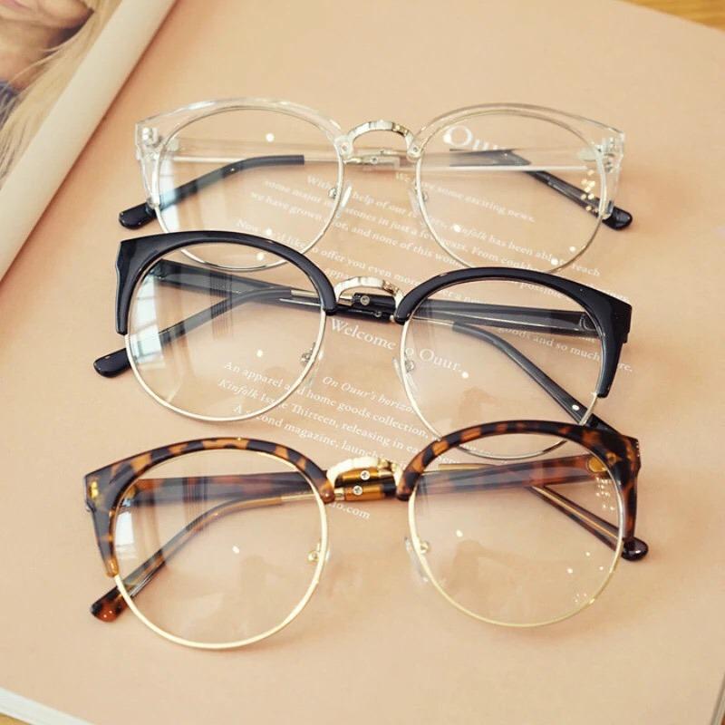 Armação Vintage Unissex Óculos De Grau - R  59,90 em Mercado Livre a269ec1691