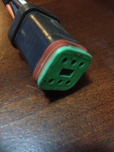 armado arnés eléctrico con conectores deutsch