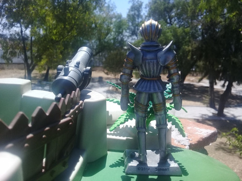 armadura coleccionable caballero español sxvi