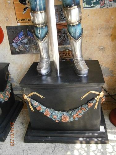 armaduras en bronce con baño oro y plata